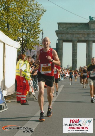 The finish is in sight shortly after the Brandenburg Gate
